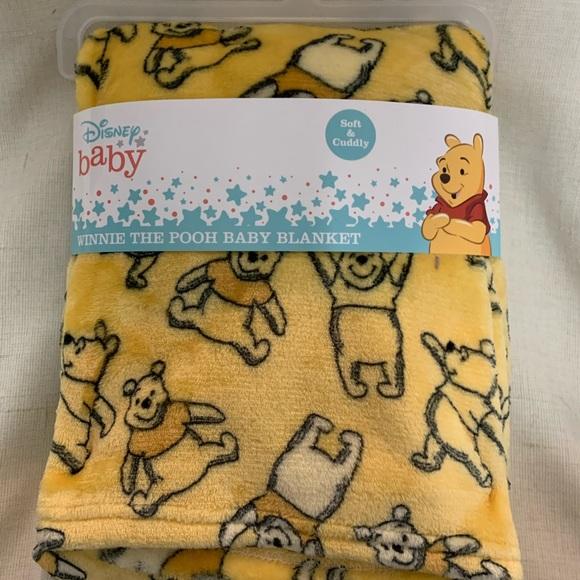 Disney Winnie the Pooh Throw Baby Blanket Yellow